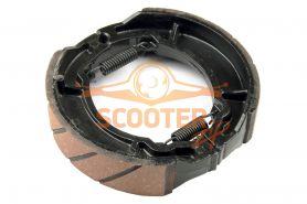 Колодки барабанного тормоза для скутера с двигателем 4T 152QMI, 157QMJ 130mm